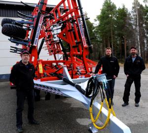 Kuvassa vasemmalta Eero Peräaho, Vesa Koskela ja Jussi Paavola